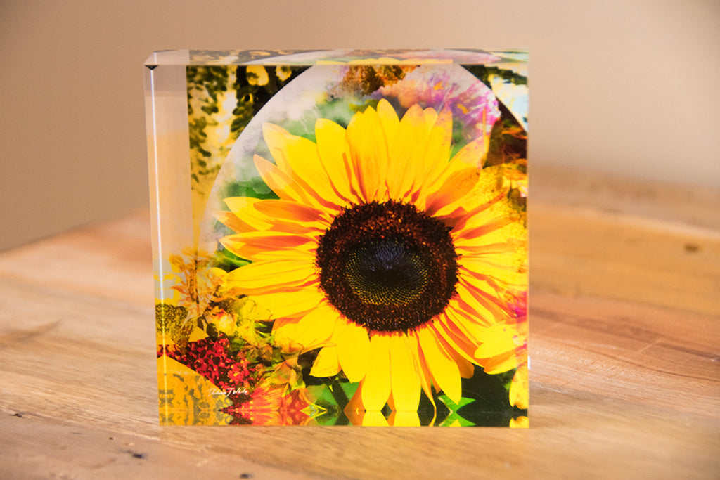 Free Standing - Sunflower Retro Psychedelic 3 Square Tile