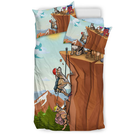 Chihuahua Climbing Bedding Set