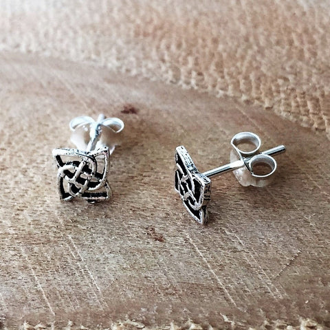 Sterling Silver Stud celtic knot earrings