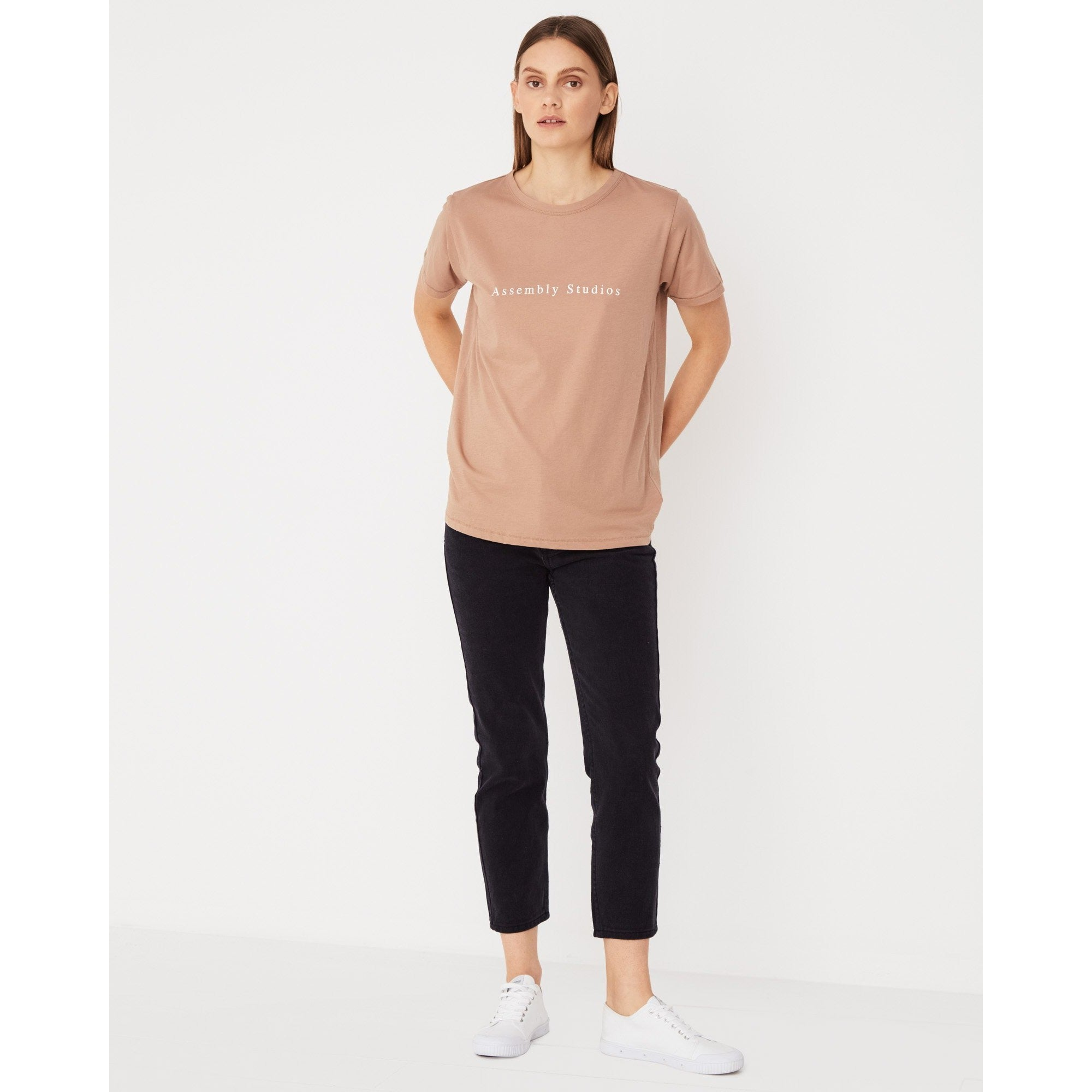 Assembly Label - serif tee sandstone