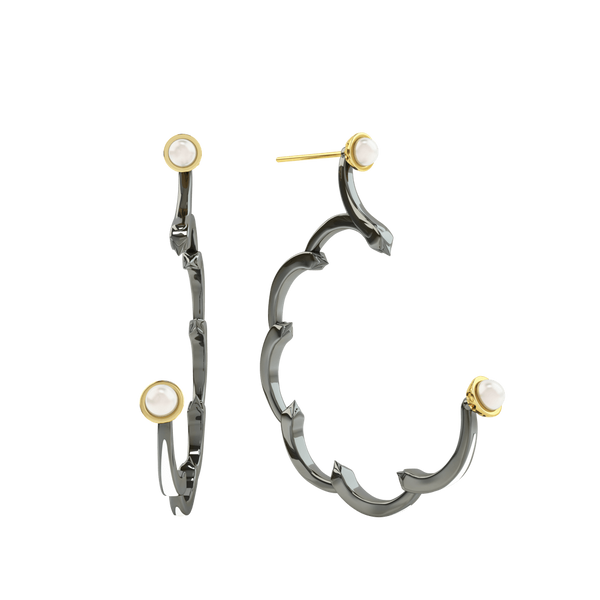 1986 Rebellion 3/4 Moon Earrings with a pair 5 millimetres of white pearls in Black Rhodium & Yellow gold