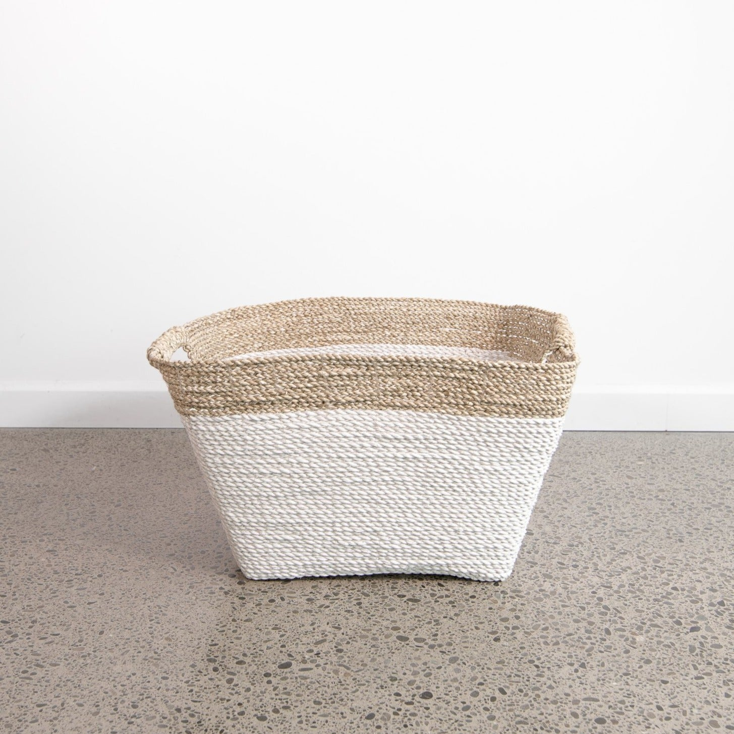 Large Laundry Basket (white / natural)