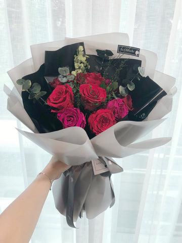 天長地久9枝保鮮玫瑰花束 Forever Love Red Preserved Rose  Flower Bouquet