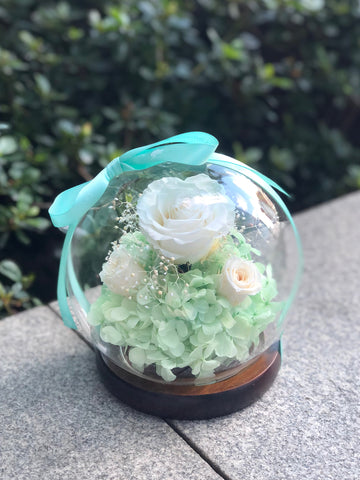 白玫瑰花水晶球保鮮花  Beautiful in White Rose  Preserved Flowers Crystal Ball Gift