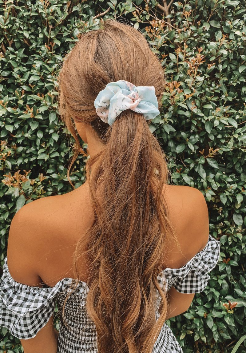 Blue Flowers Scrunchie Gift Card Oh Rent Me