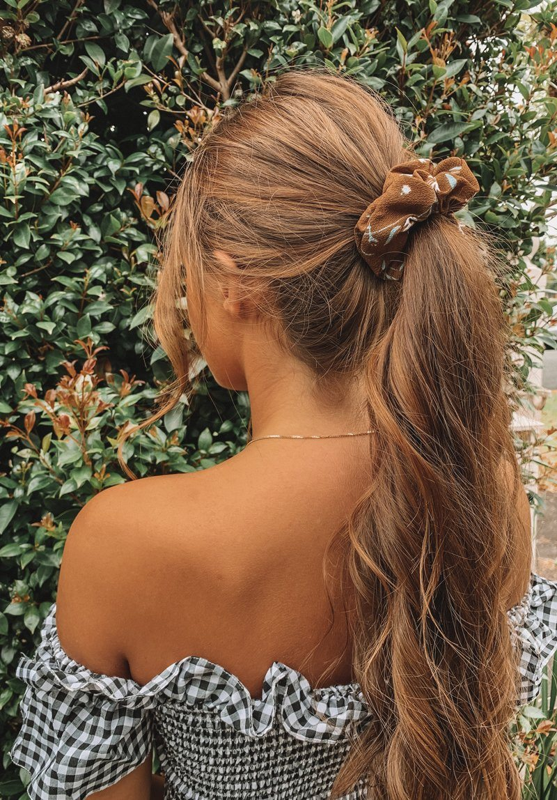 Brown Flowers Scrunchie Gift Card Oh Rent Me