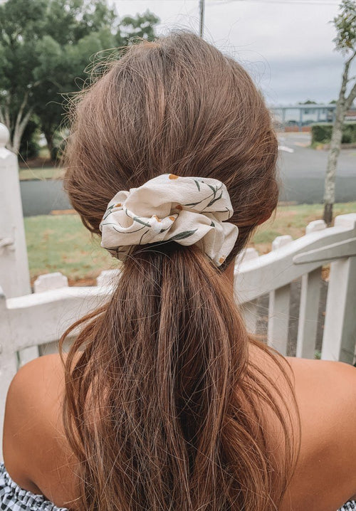 Cream Flowers Scrunchie Gift Card Oh Rent Me