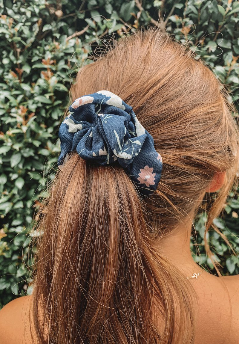 Navy Flowers Scrunchie Gift Card Oh Rent Me