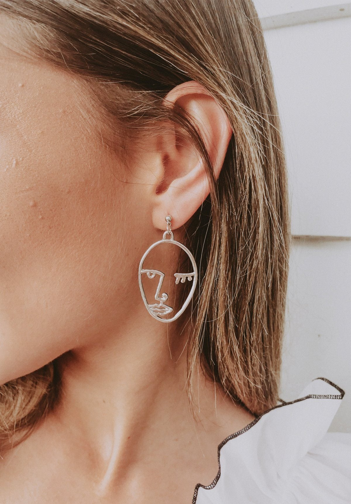Portrait Earrings - Silver Gift Card Oh Rent Me