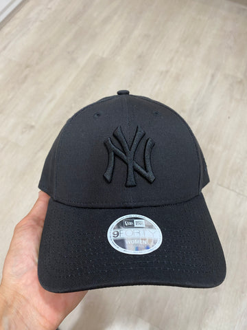 New Era 940 NY Women's Specific Cap- Black/ Black