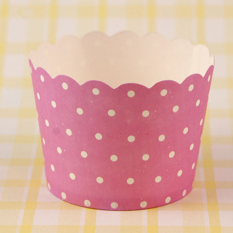 Paper Eskimo – Pink Spot Baking Cups