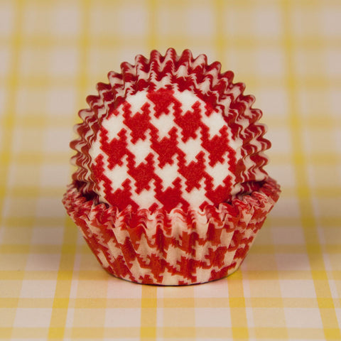 Mini Red Houndstooth Baking Cups