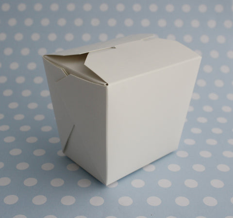 10 x White Noodle Boxes