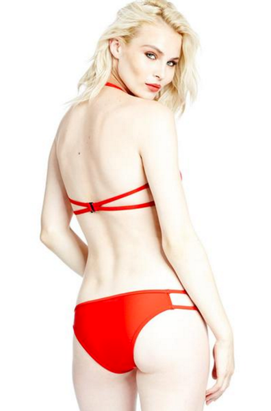 Cutout bottom in Red
