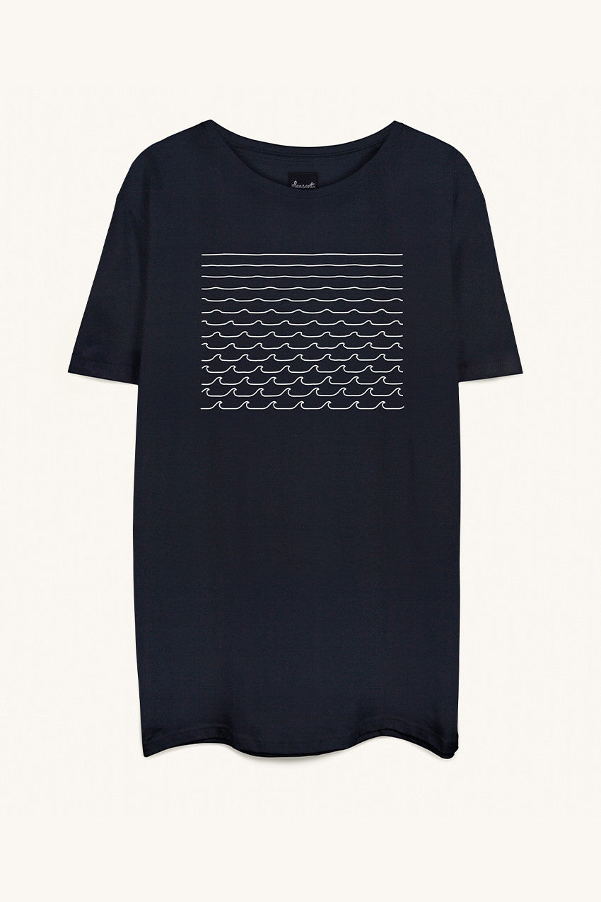 Waves Tee in Black
