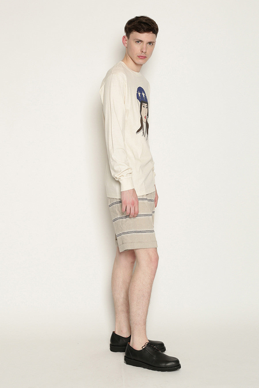 Kreuzberg Shorts in Beige with Navy Stripes