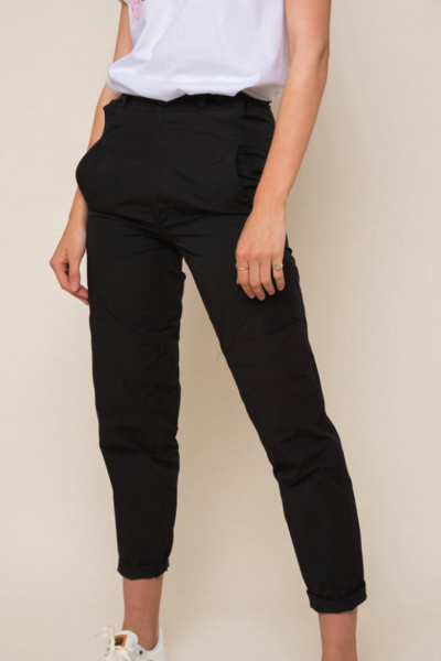 Sioux Pant in Black