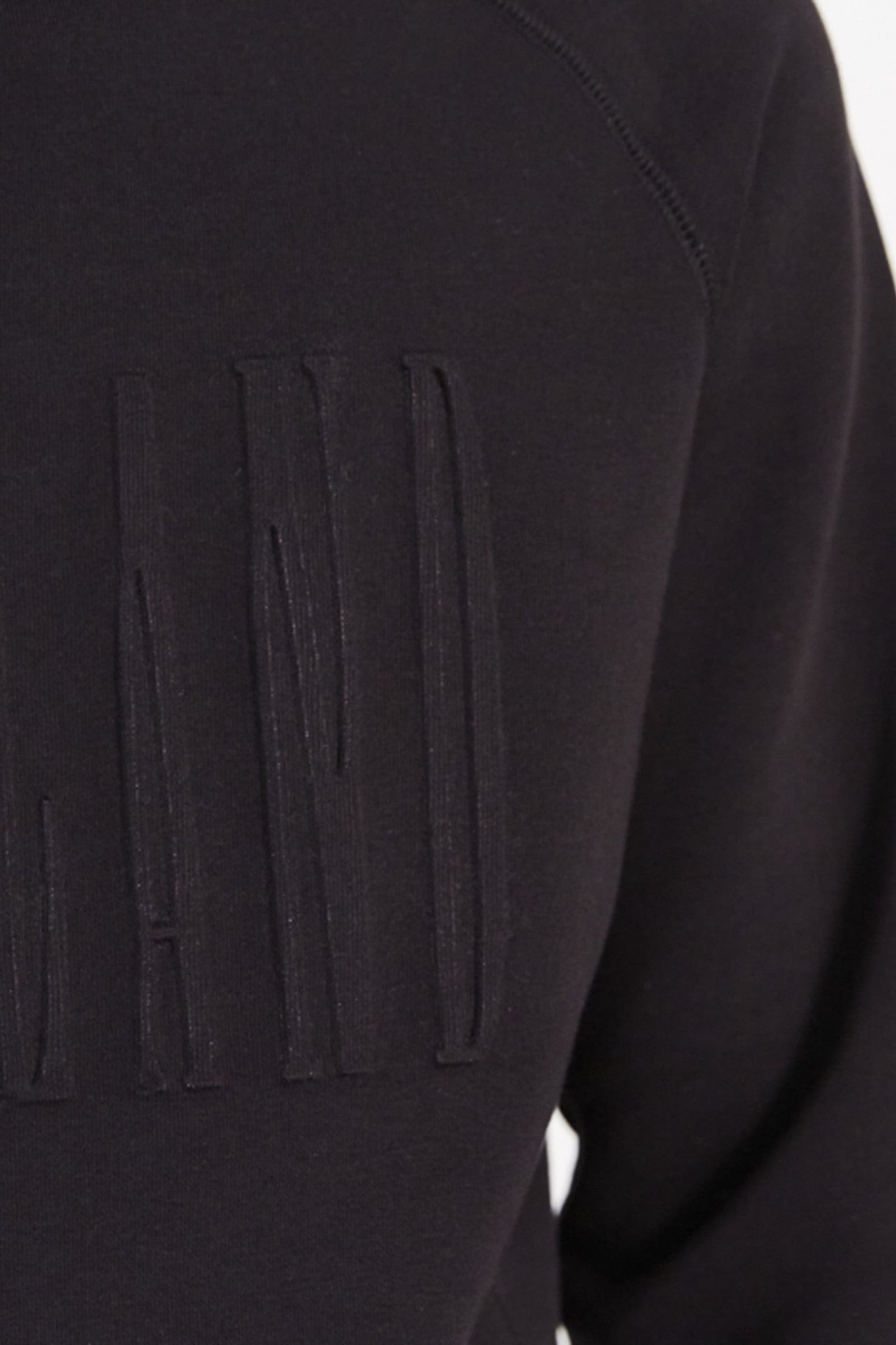 Sjevy Raglan Sweat with Debossing in Black