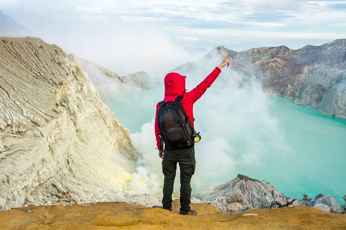 Hike Up Mount Ijen: The Guide For A Thorough Preparation