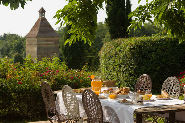 photograph of breakfast table at Chateau de Combi