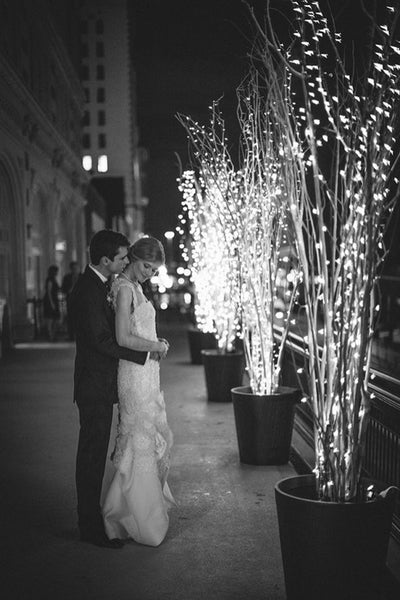 Make Your Wedding Sparkle With Twinkle Lights