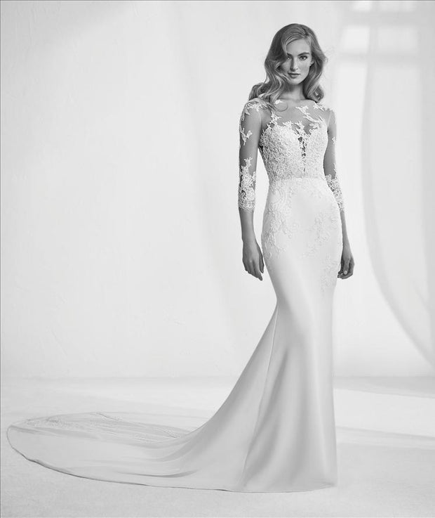 Ragazza by Pronovias | Wedding Dress on Sale | Samantha Wynne