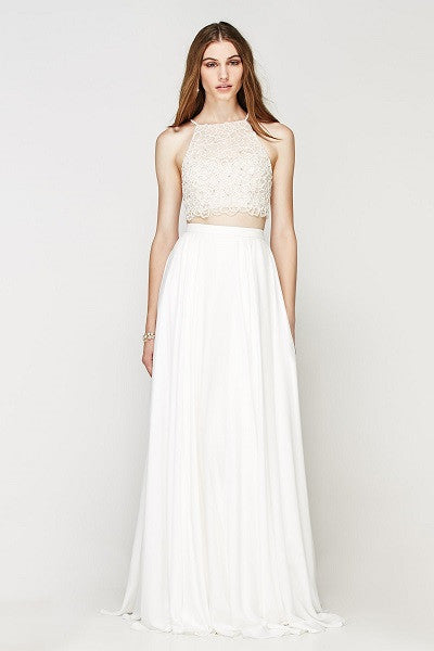 Fresh, modern, and young – wedding dresses online. Shop Now. Worldwide Shipping.
