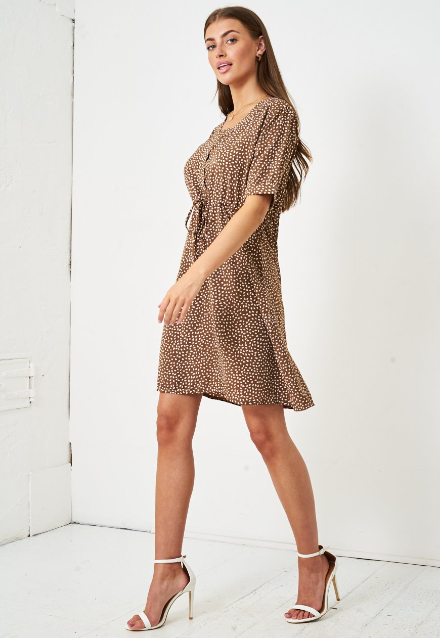 Short Sleeve Mini Smock Dress in Brown - love frontrow