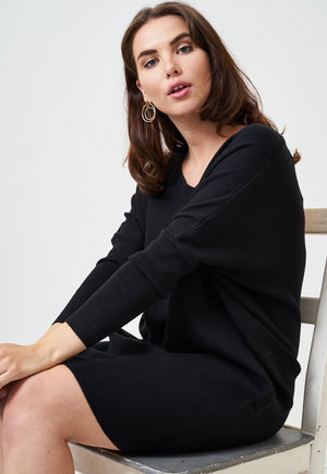 Black Keyhole Batwing Knit Jumper Dress - love frontrow