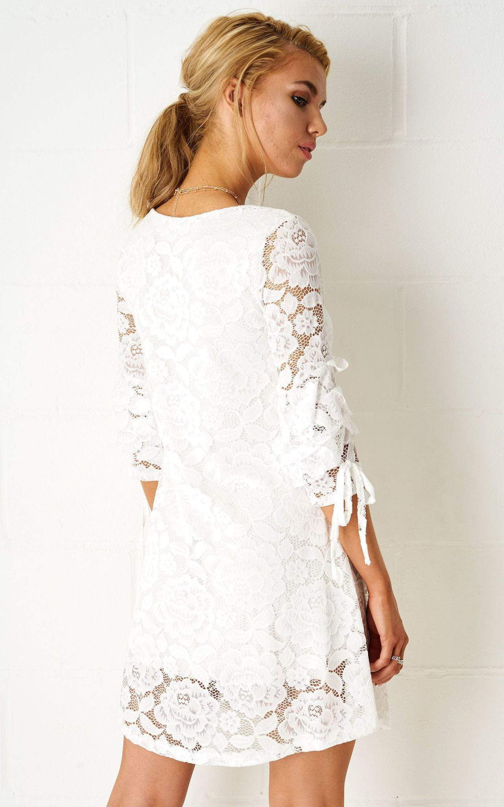 Janyice Lace Mini Dress In White - love frontrow