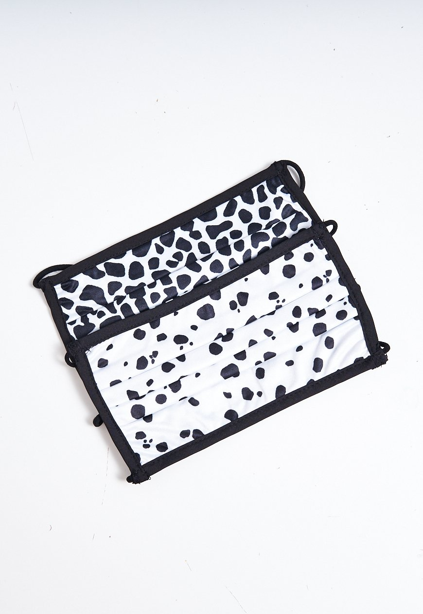 2 Pack Black and White Animal Print Face Masks - love frontrow