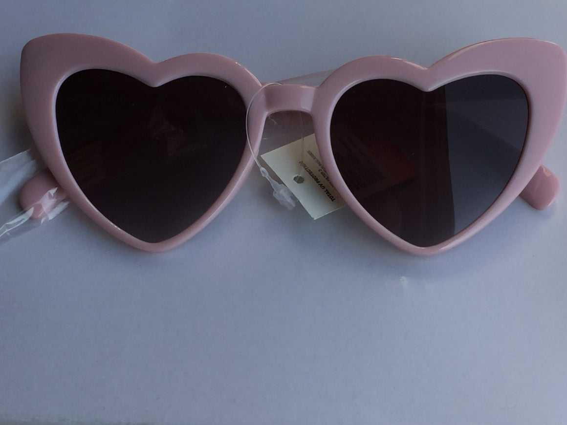 Pink Heart Vintage Sunglasses - Pretty Kitty Fashion