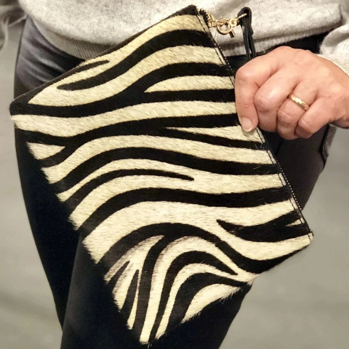 Genuine Leather Zebra Print Handbag - Pretty Kitty Fashion