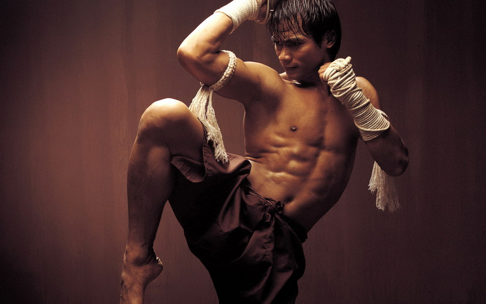 This Form Of Combat Then Found Its Way Into North America Where American Kickboxing Was Formed In The 1970s