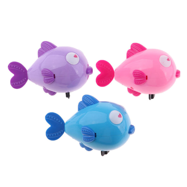 2Pcs Random Cartoon Wind Up Kiss Fish Animals Baby Bath Kids Clockwork Toys