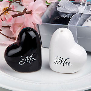 Ceramic Heart Mr.&Mrs. Salt & Pepper Shakers Canister Set Wedding Party Useful.