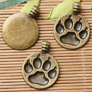 6pcs antiqued bronze  color round shaped  bear's footprint design charms  EF2640