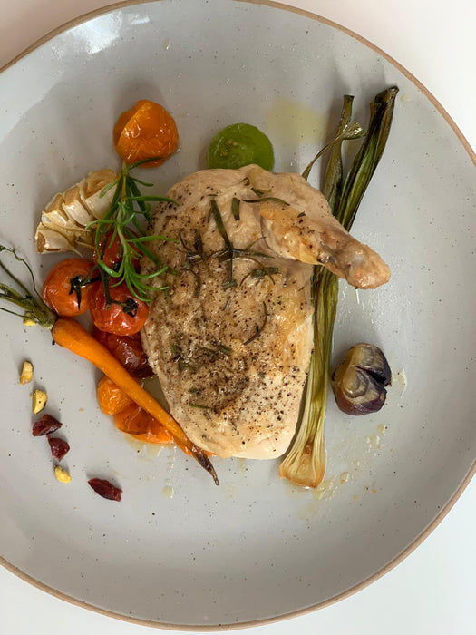Chilled Fresh Chicken Breast Supreme (Skin On) approx +/-550gm - Certified Organic