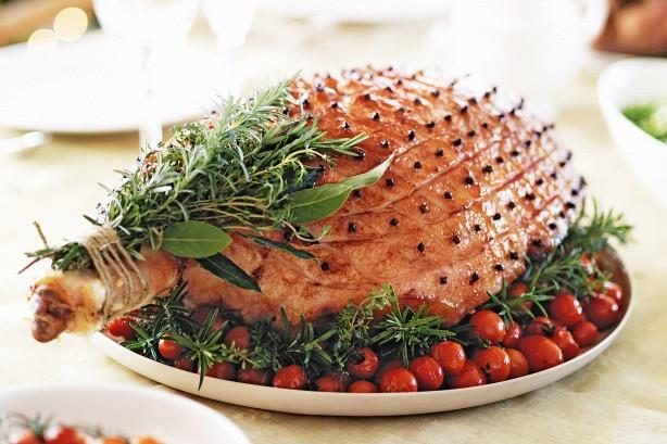 Christmas Ham on the Bone - Full Leg  9-10kg +/- (DEPOSIT ONLY) - The Fishwives Singapore