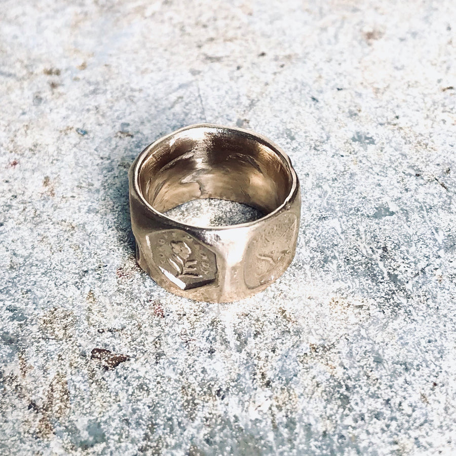 Intaglio Ring - Gold