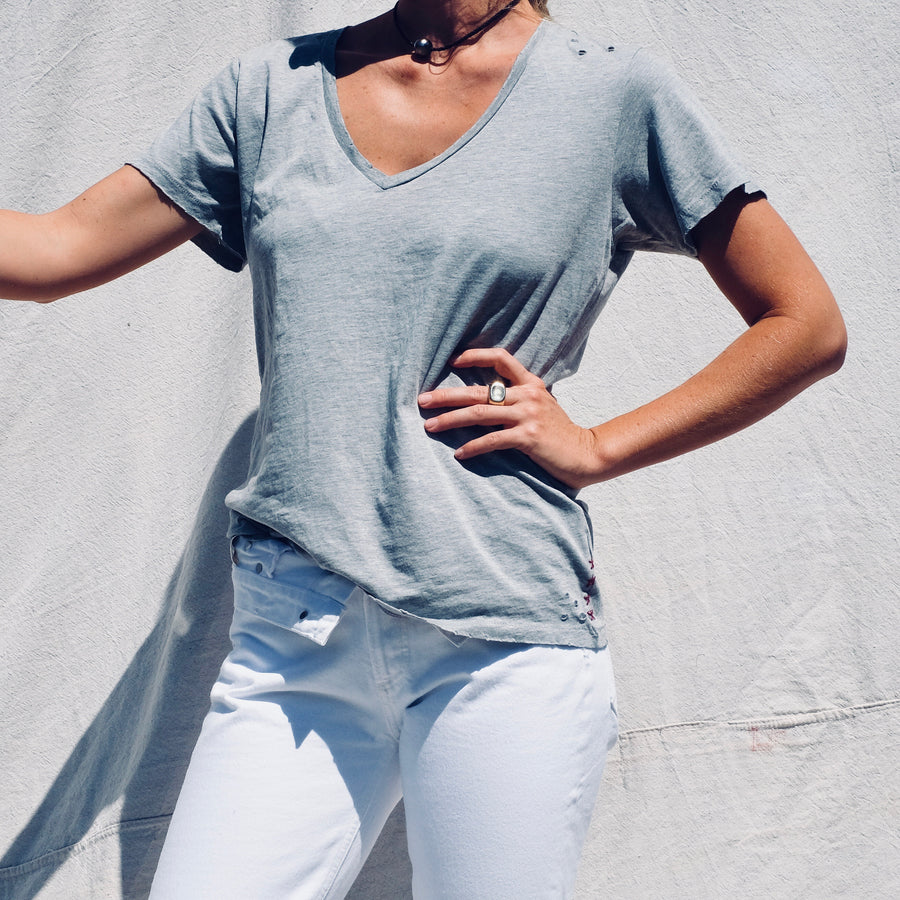 Destroyed Cotton V Neck - Heather