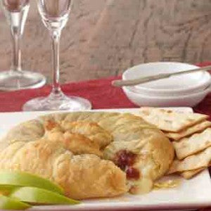 Baked Brie in Puffed Pastry