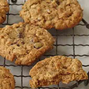 Maple Oatmeal Raisin Cookie