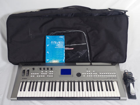 Yamaha MM6 Keyboard