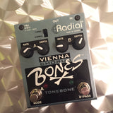 Radial Engineering Bones Vienna Chorus