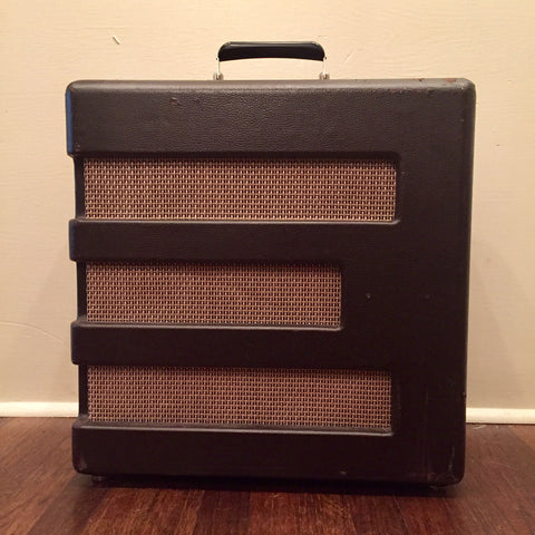 Fender Pawn Shop Series Excelsior 1x15 Combo with Tremolo