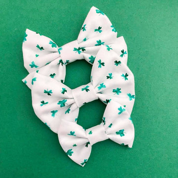 Watercolor shamrock Bow