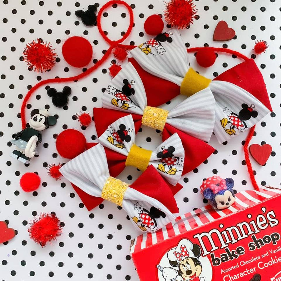 Vintage Minnie Mouse Bow
