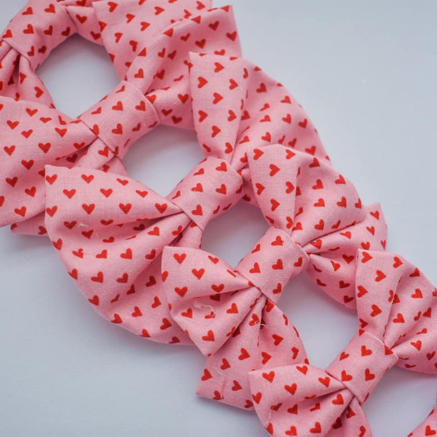 Simply Sweet Heart Bow Pink