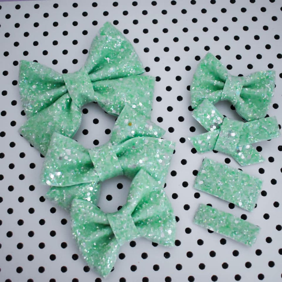Mint Dreamy Glitter Bow
